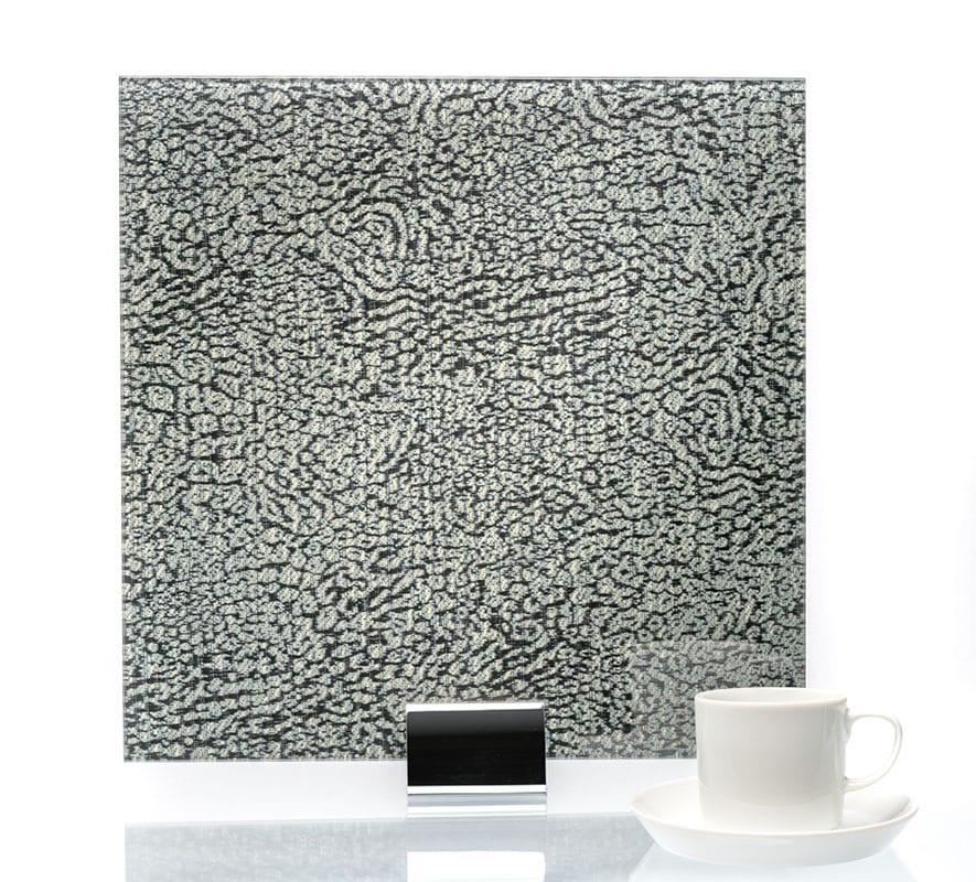 ALT Wishbone Scuro - Fabric Laminated Glass