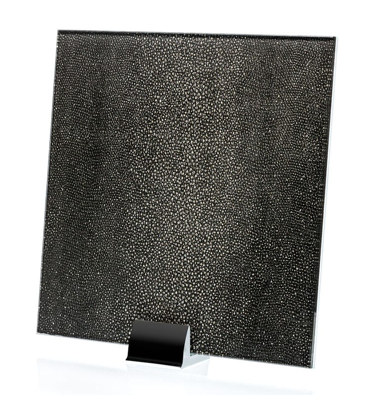 3049-ALT Reptilia Nero Fabric Laminated Glass