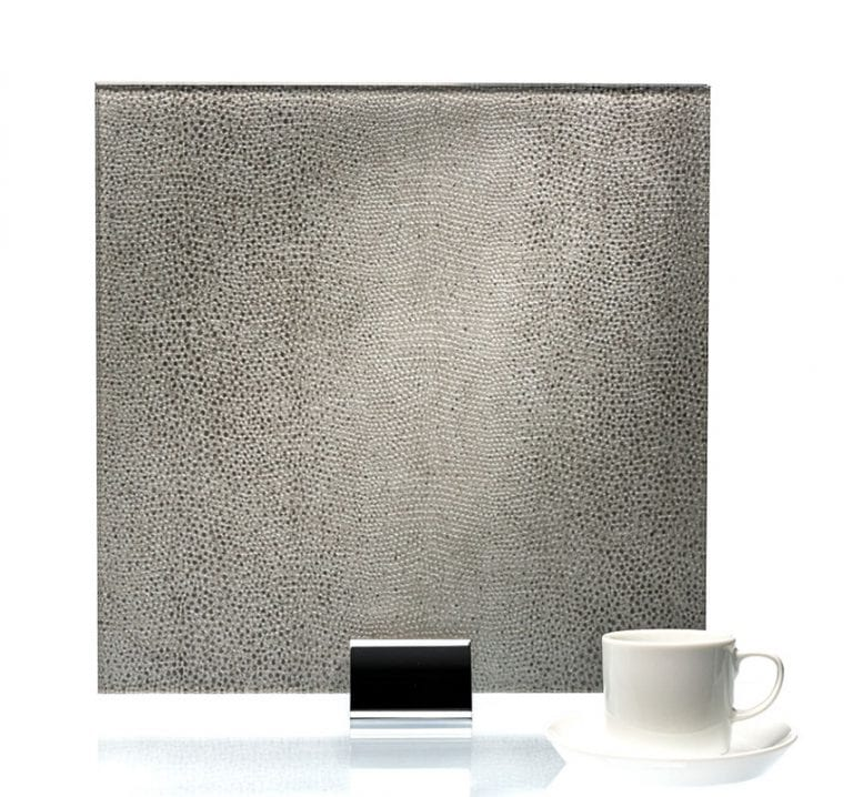 3052-Reptilia Satin Argento Fabric Laminated Glass
