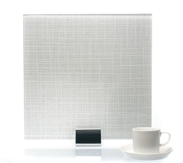 3073-Plaid Glacier Vinyl Laminated Glass